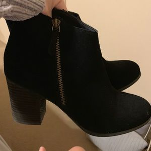 Shoes - Black Zip-Up Booties